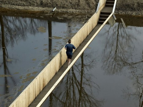 Sunken Pedestrian Bridge in the Netherlands Parts Moat Waters Like Moses! | Urban Design | Scoop.it