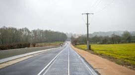 The world's first solar panel-paved road has opened in France | Solar Energy projects & Energy Efficiency | Scoop.it