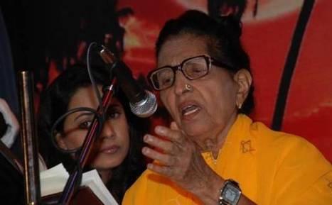 'Kabhi Tanhaiyon mein tumhari yaad aayegi' Mubarak Begum   Entertainment News   Scoop.it