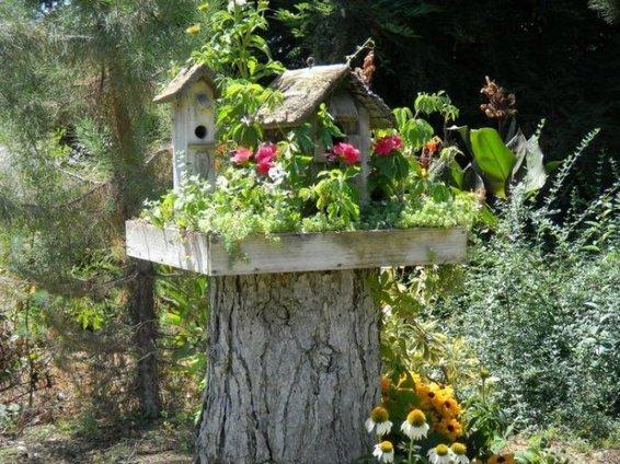 don 39 t grind that tree stump upcycled garden. Black Bedroom Furniture Sets. Home Design Ideas