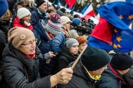 La crise politique en Pologne franchit un nouveau seuil | Union Européenne, une construction dans la tourmente | Scoop.it