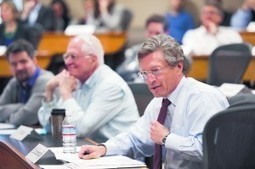 Stanford Daily | Faculty Senate debates online education | Technology in Health And Education | Scoop.it