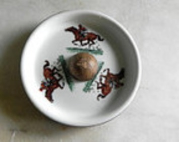 Get Ready To Run For The Roses! Kentucky Derby Etsy Treasury   Antiques & Vintage Collectibles   Scoop.it