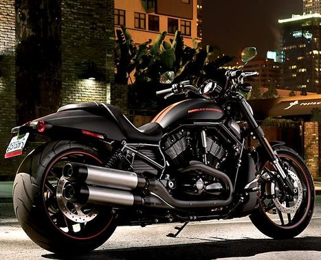 Back in Black: Harley-Davidson's Night Rod Now Prowling the Streets : Discovery Channel | Motorcycling | Scoop.it