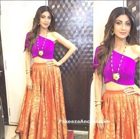 a90e9c4bf20289 Shilpa Shetty in One Shoulder Top and Long Skirt by Payal Khandwala