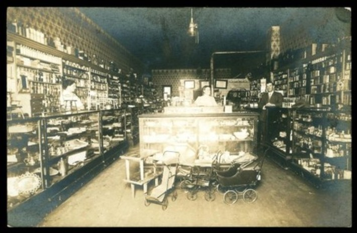 What's In Store? Real Photo Postcards, 1907|Inherited Values | Antiques & Vintage Collectibles | Scoop.it