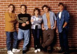 Pop culture is cycling back on itself with a resurgence in interest in the '90s | Troy West's Radio Show Prep | Scoop.it