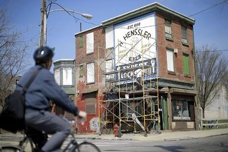 Painters brush new life into Philadelphia 'ghost signs' - Pittsburgh Post Gazette | iPhoneography and storytelling | Scoop.it