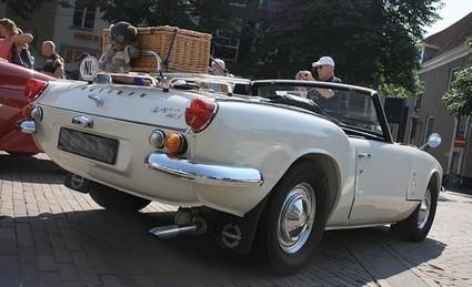 Véhicules produits avant 1997 à Paris : OUF ! | Voitures anciennes - Classic cars - Concept cars | Scoop.it