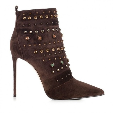 Le Silla Ankle boot in Powder, suede calfleather in moka colour | Le Marche & Fashion | Scoop.it