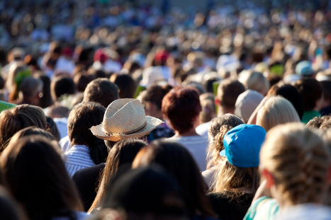 How to Use Crowdsourcing in Social Media to Develop Loyalty   SocialMedia Source   Scoop.it