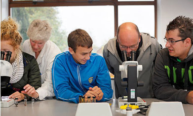 How is technology transforming the role of teachers? - The Guardian | Educ8 Tech | Scoop.it