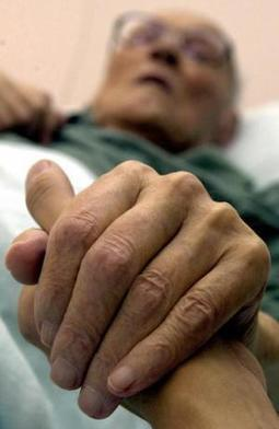 Friendship Line: nation's only 24-hour hotline for older adults in jeopardy - Geripal | Homecare | Scoop.it