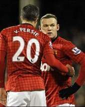 Everyone at Manchester United wants Rooney to stay, says Van Persie | Opinion | Scoop.it