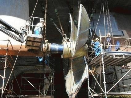 Le porte avions charles de gaulle entre en cale - Actualite porte avion charles de gaulle ...