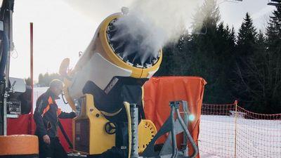 Jura : comment est produite la neige de culture de la station de ski des Rousses ?