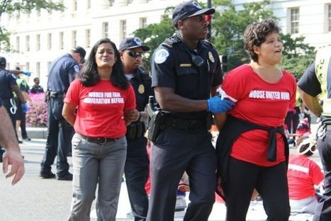 Women Stand Up and Get Arrested for Immigration Reform - Hyphen Magazine (blog) | Asian Immigration to the U.S. and Canada | Scoop.it