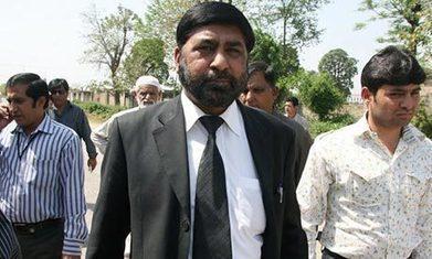 Bhutto murder: Musharraf chief prosecutor shot dead in Islamabad | Properganda | Scoop.it