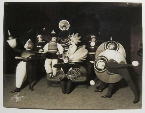 Bauhaus Stage Costumes - Retronaut | Art You Need | Scoop.it
