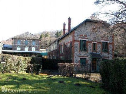 La ganterie de Saint Martin de Valmeroux dans le Cantal | Métiers, emplois et formations dans la filière cuir | Scoop.it