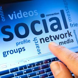 Web 2.0: in un anno aumentato del 21% il tempo passato dagli utenti sui social network   Scoop Social Network   Scoop.it