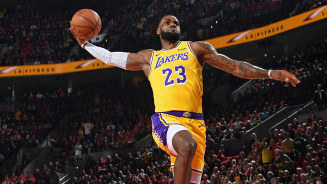 10c98189bd6 NBA DFS   LeBron James and best picks for Feb....