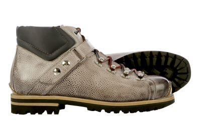 Santoni Le Marche: Mountain Chic | Le Marche & Fashion | Scoop.it