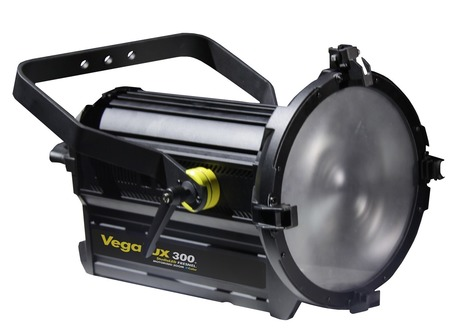 "VegaLux 300 StudioLED FRESNEL 12"" 300W BiCOLOR Motorized Zoom DMX Dimmable | Cinescopophilia | CINE DIGITAL  ...TIPS, TECNOLOGIA & EQUIPO, CINEMA, CAMERAS | Scoop.it"