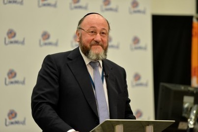Standing Ovations for Ephraim Mirvis, the U.K.'s First Sitting Chief Rabbi to Attend Limmud Conference | Jewish Education Around the World | Scoop.it