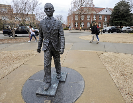 FBI, police investigating noose found on James Meredith statue at Ole Miss | Upsetment | Scoop.it