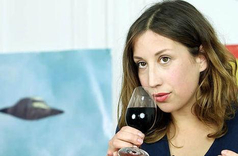 Comment bien déboucher et servir une bouteille de vin ? - madmoiZelle.com | Oeno-digital | Scoop.it