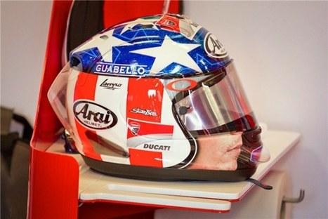 Nicky Hayden's Easy  Rider replica helmet  to be sold | twowheelsblog.com | Desmopro News | Scoop.it