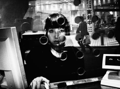 Tokyo in Black and White | Photographer:Tatsuo Suzuki | Photographie B&W | Scoop.it