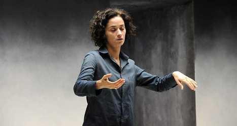 Théâtre: Rachida Brakni est trois femmes en guerre   Revue de presse théâtre   Scoop.it