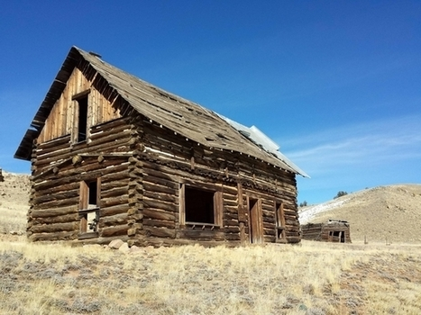 Farm house just outside Pike National Forrest On US near Tarryall Rd | Modern Ruins | Scoop.it