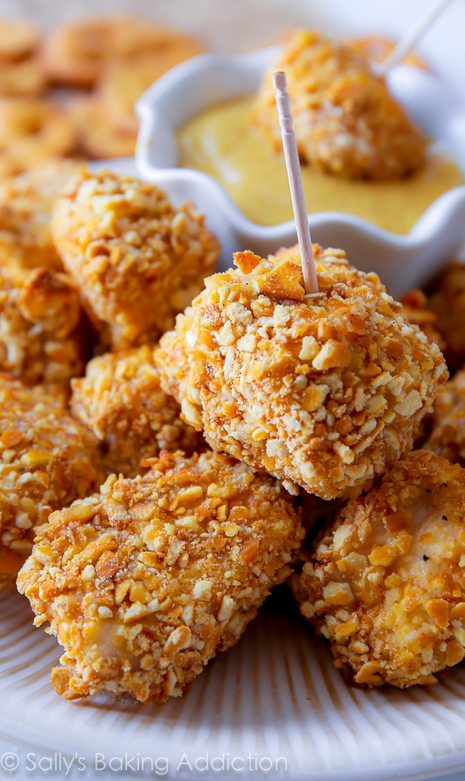 #HealthyRecipe ~ Pretzel Crusted Chicken Bites | The Man With The Golden Tongs Goes All Out On Health | Scoop.it