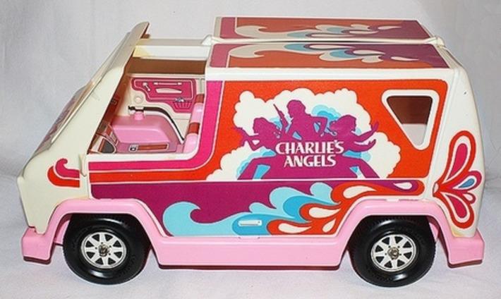 Charlie's Angels Groovy Pink Van | Kitsch | Scoop.it