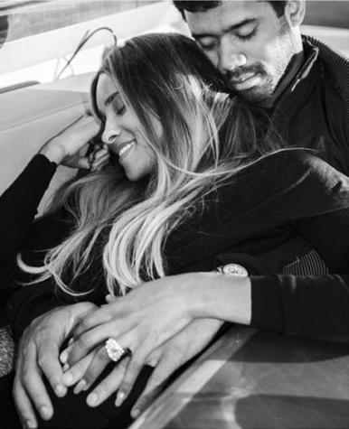 "Ciara confirms she is expecting baby with new NFL husband | ""FOLLIEWOOD"" 