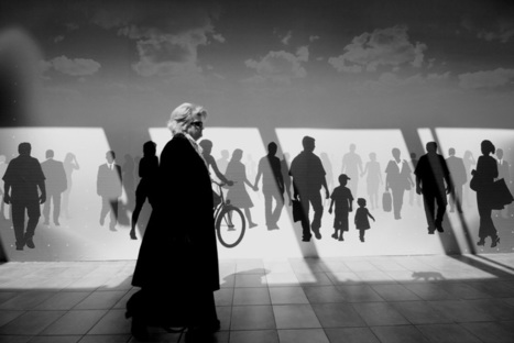 Thessaloniki Street Photography by Andreas Kakaris | Urban Decay Photography | Scoop.it