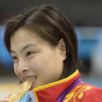 Chinese Diver Wins Gold, Is Finally Told That Her Mother Has Cancer And Her Grandparents Died A Year Ago | Crap You Should Read | Scoop.it