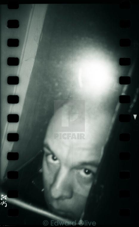 Black and white film photo analogue model released photographer self portrait Holga lomo toycam at Picfair.com   Actores en Madrid Barcelona España   Scoop.it