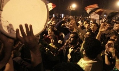 Morsi's call for referendum on draft constitution electrifies divisions | Human Rights and the Will to be free | Scoop.it