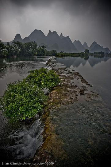 Yulong River Weir, Yangshuo | World Travel | Scoop.it