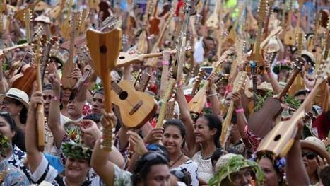 En images. Le record de ukulele validé à Tahiti | Tourism Today & Tomorrow | Scoop.it