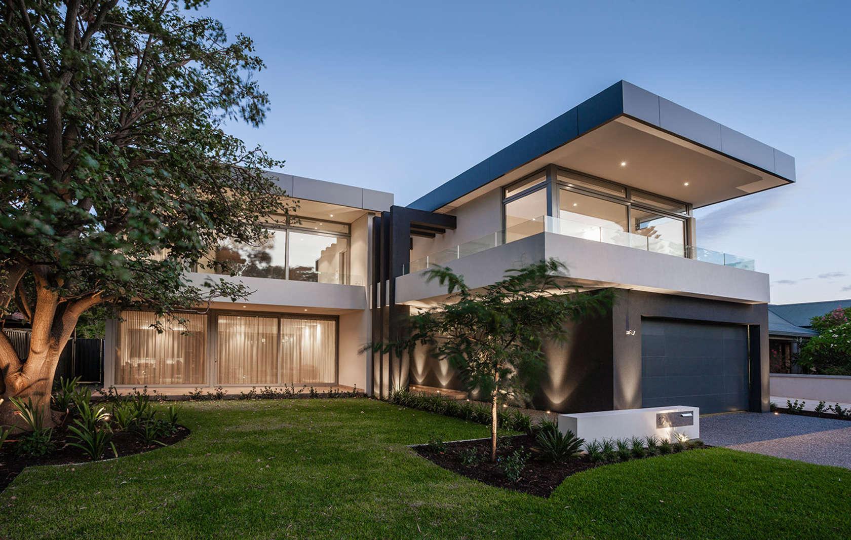 Luxe et transparence pour cette maison contempo...