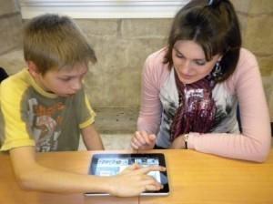 NetPublic » Enfants et parents : apprendre à vivre avec Internet et les réseaux sociaux (dossier) | Parentalité et numérique | Scoop.it