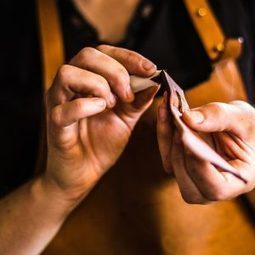 Balzane – L'atelier | Métiers, emplois et formations dans la filière cuir | Scoop.it