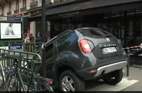 Car 'parked' in Paris station | Mind changing pictures | Scoop.it