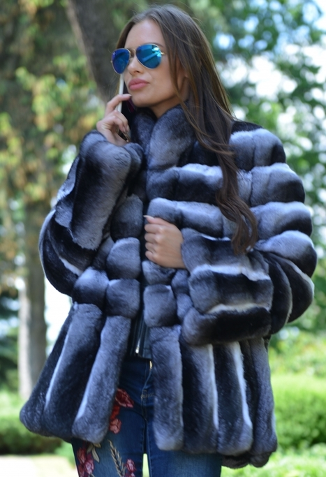 c3ee8b1545c Chinchilla fur coat