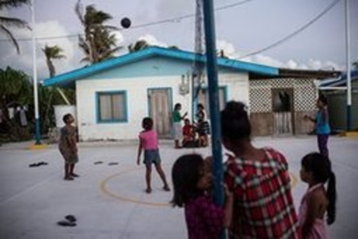 Lives in the balance: climate change and the Marshall Islands | Iles | Scoop.it